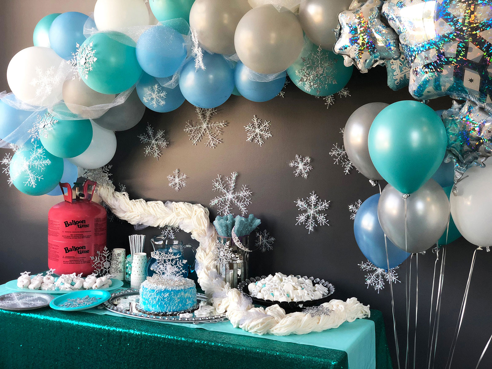 Winter themed party decorations