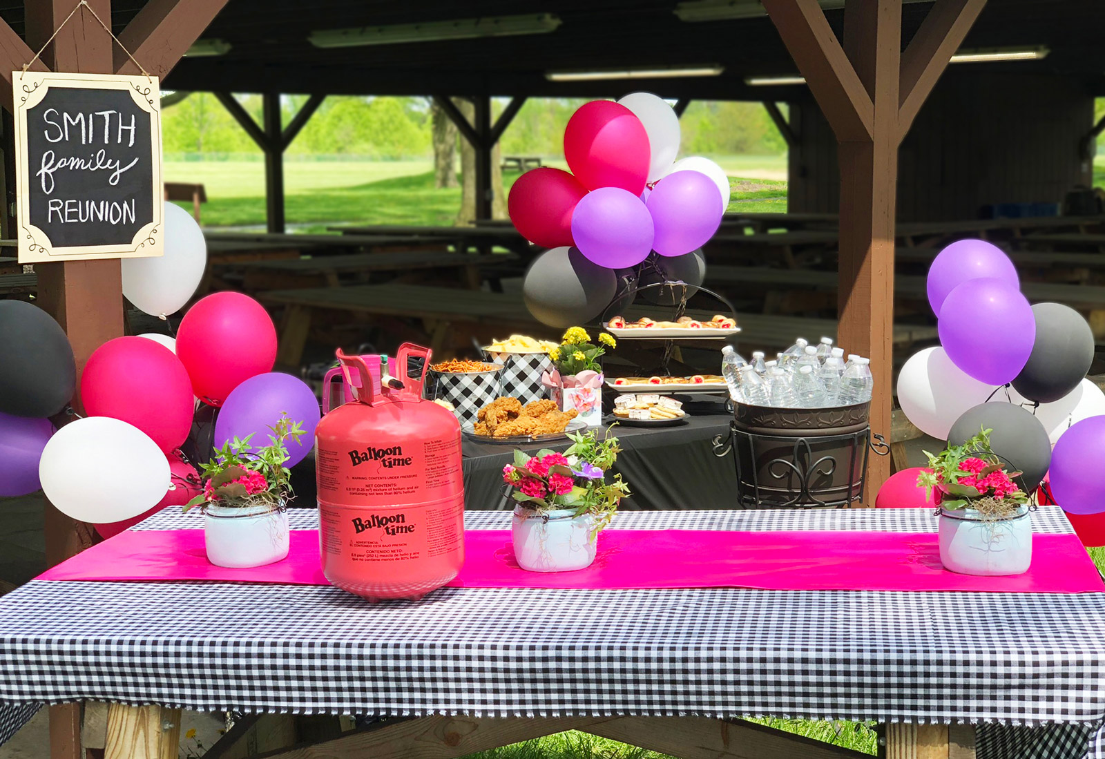 Party decorations for family reunion