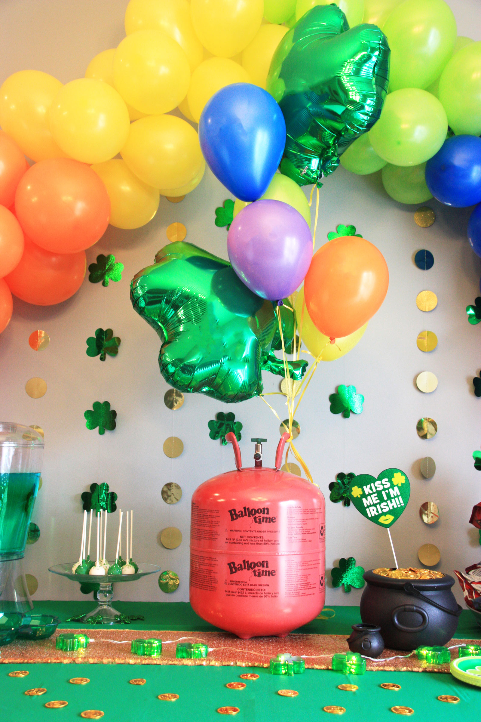 St. Patrick's Day party theme decorations