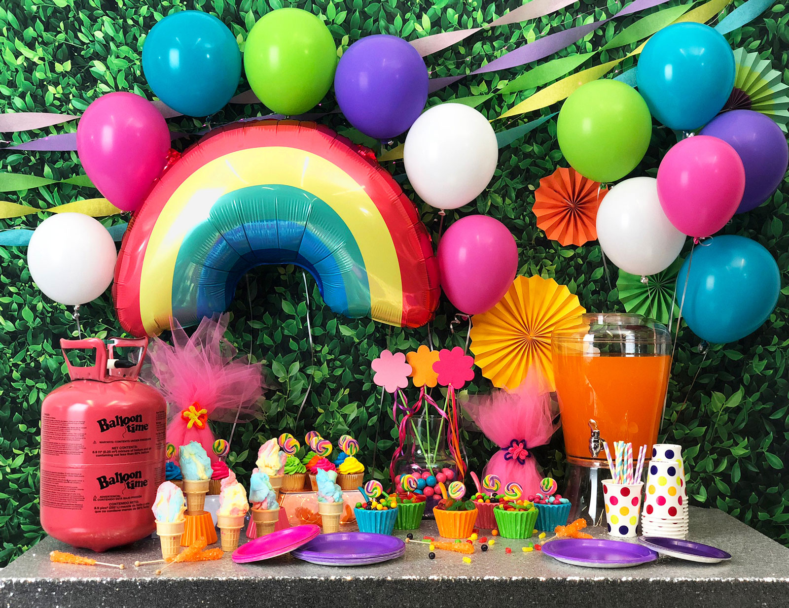 Trolls themed party decorations