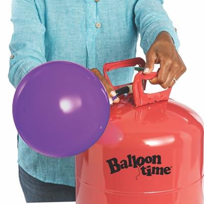 Hand inflating balloon